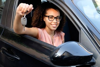 レンタカーを借りるときにID(身分証)代わりとしてクレジットカードが必要